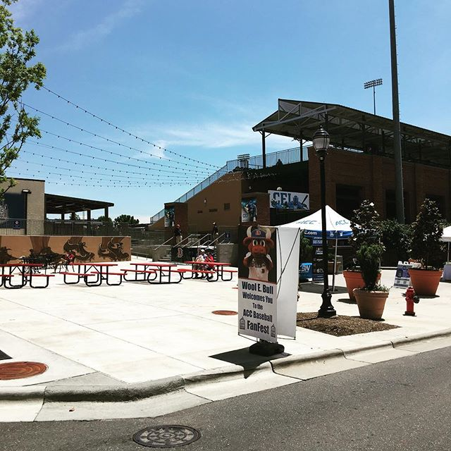 The fresh truck is out at the Durham Bulls stadium today 2-7pm and tomorrow 9-12 (Sunday) for the acc baseball championship!! #baseballandicecream #freshlocalicecream #freshthetruck #durham #accbaseballchampionship