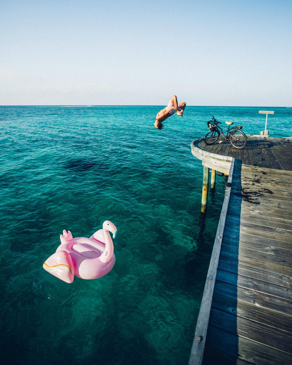 @captainbarto-AdamBartosheskyPhoto-CaptainsCamera-EvaGutowksiModel-Maldives-040317-_18661.jpg