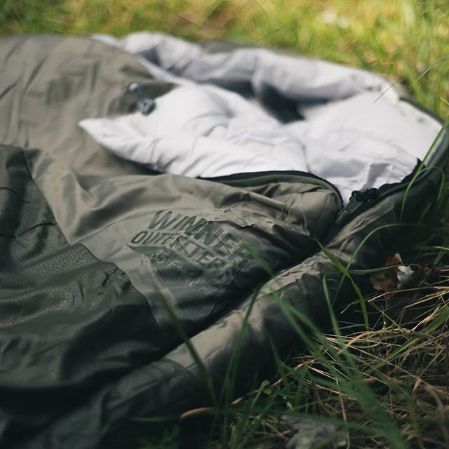 """Most people assume that being vegan is only about the food, but it actually goes much further than that. Sleeping bags are a great example, because they're something that's fairly easy to look over. Luckily, there's only one aspect you really have to watch out for when it comes to sleeping bags and that's the fill; is it synthetic or down?  Down are the soft feathers close to the body of birds. The common source of these feathers are from the live plucking of birds, sometimes even geese that have been forced fed their entire lives for use as foie gras. Even """"ethical"""" sourcing, that is being implemented by several companies, obtains its down from slaughter houses, where the feathers are taken once the birds have been killed.  So, there's gotta be some kinda huge benefit to down that makes all of this acceptable, right? Short answer; no. Long answer; down DOES outperform synthetic fill in some areas, but the difference is negligible. Given the advancements in backpacking tech, the synthetic alternatives are more than enough for our needs and this doesn't even take into account the fact that it doesn't support the abuse or killing of sweet little birbs. Synthetic is also usually cheaper, so if you're packing on a budget, here's some extra incentive to go cruelty free!  With all that being said, here are the bags that I own; an old @colemanusa Hollofil, a newer Coleman Big Basin, @tetonsports LEEF 0, and @winneroutfitters mummy bag. All of them serve their own purpose, do incredible jobs, and use synthetic fill."""