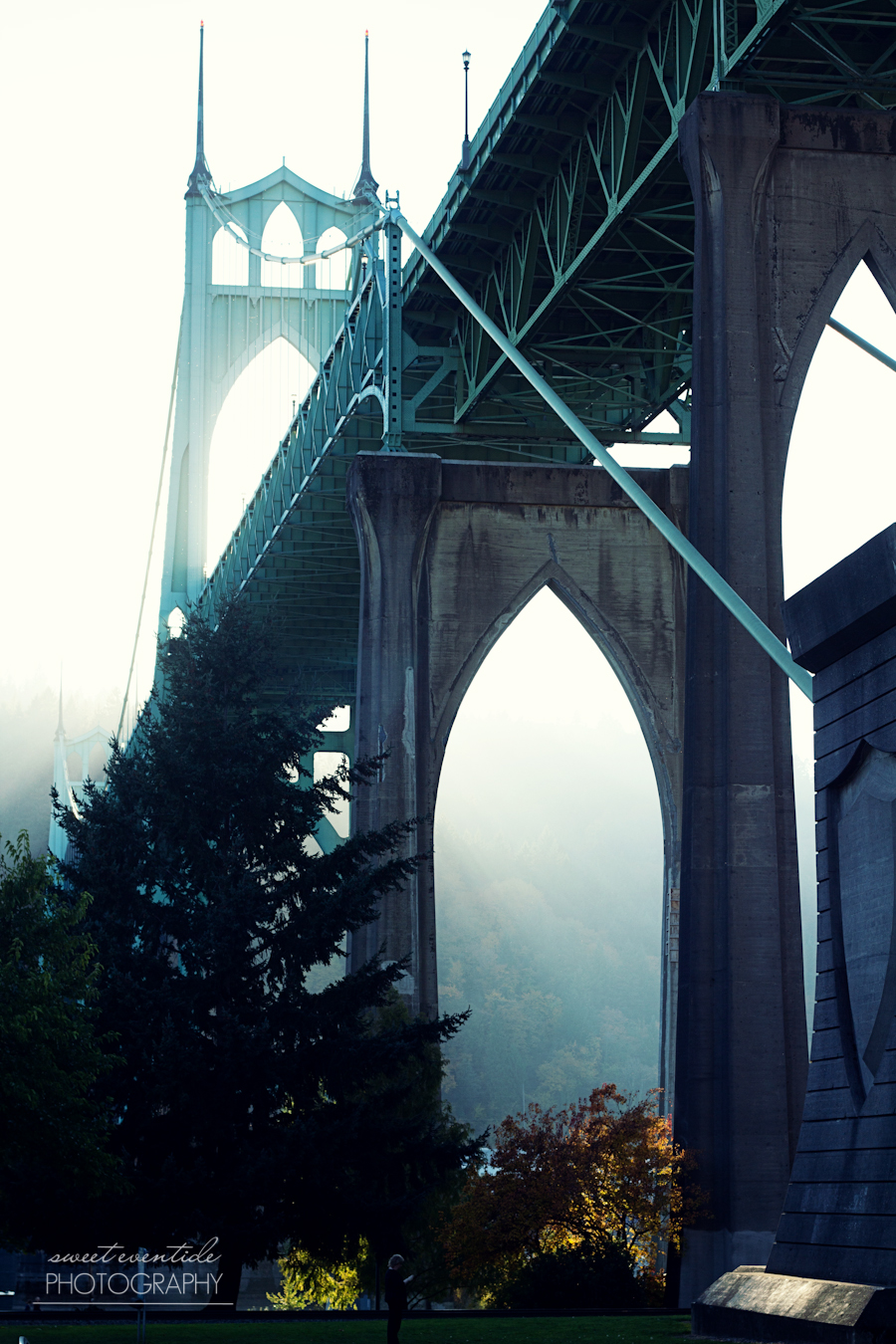 Photograph of the St. Johns Bridge in Portland, OR by Jessica Nichols