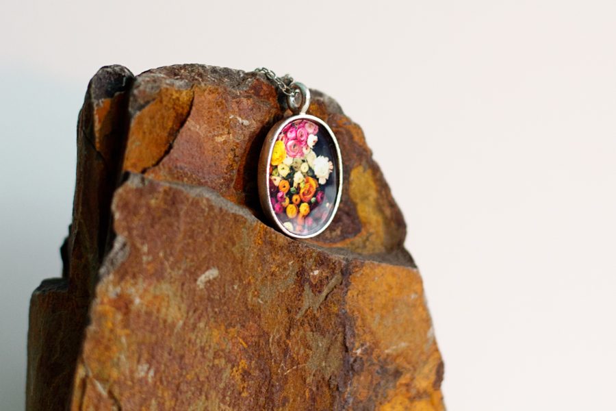 photo jewelry, oval photo pendant