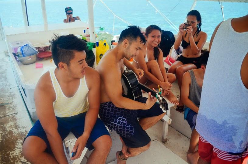 Island Hopping friends philippines cebu birthday drinks