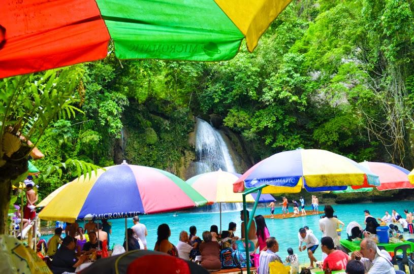Kawasan Falls GUIDE Cebu, Philippines