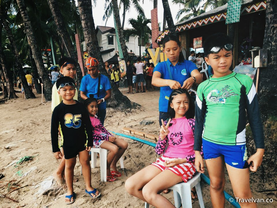 What to do in Boracay! kids braid hair
