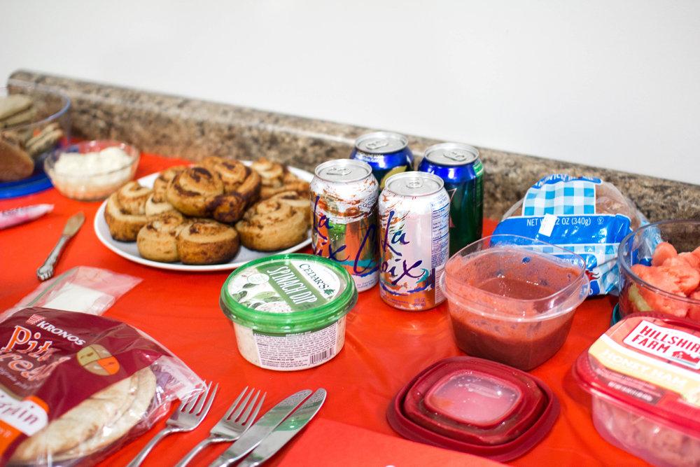 Galentine's+Day+Food.jpg