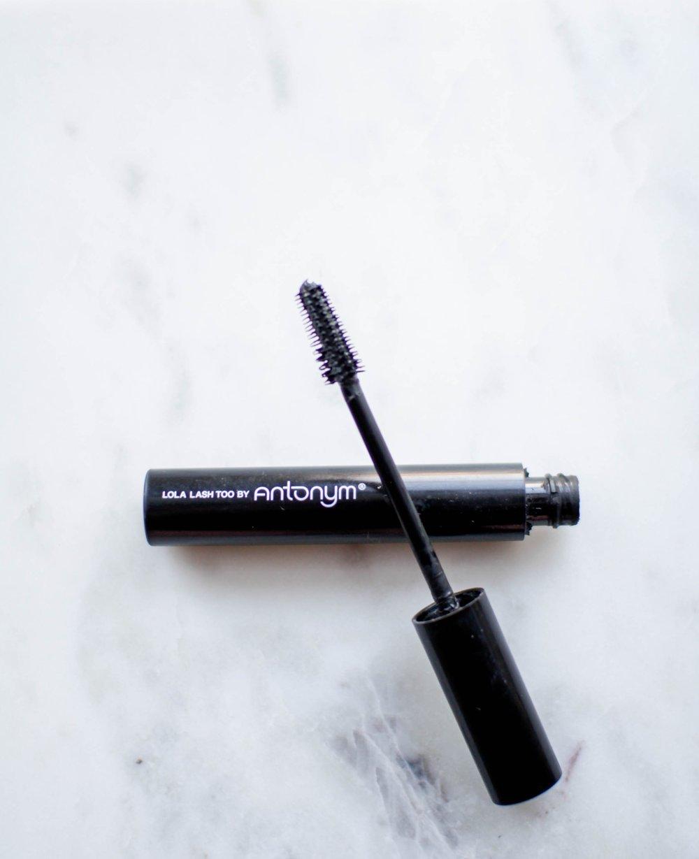 Vegan-And-All-Natural-Affordable-Mascara-Antonym-Cosmetics
