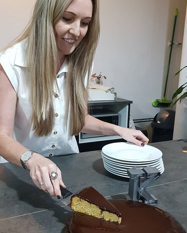 Meet Kerrie, our new Graphic Designer. We love nothing more than welcoming newbies to the team, especially with a @rowiescakes cake. #welcome #team #cake #twentiethlettermarketing #thealphabet #agency #sydney