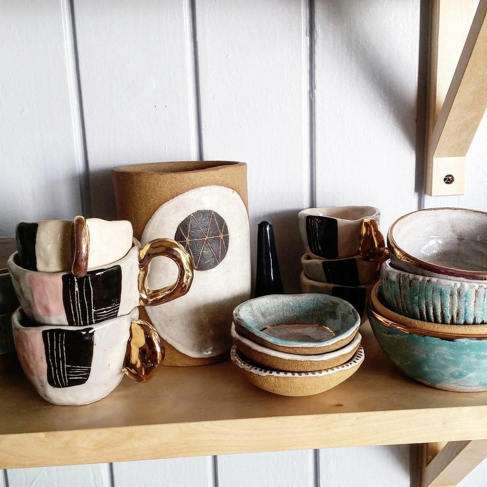 Samantha Ceramics -         Intuitively hand formed ceramic wares for everyday use.