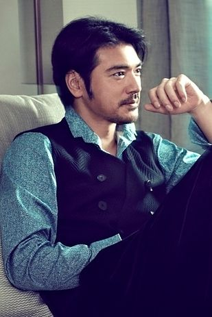 TAKESHI KANESHIRO  COUNTRY: TAIWAN/JAPAN  YOU'LL FALL FOR HIM IN: HOUSE OF FLYING DAGGERS