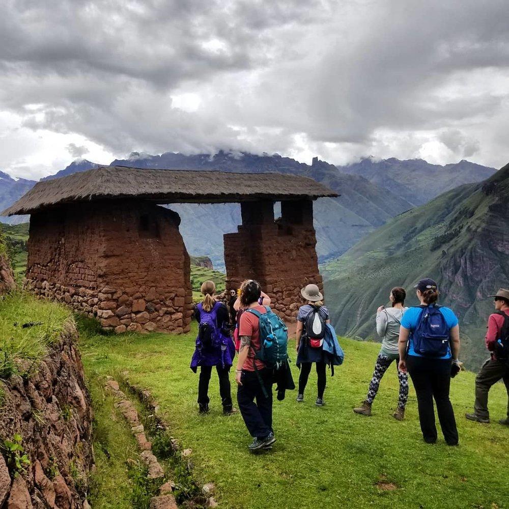 Inca Gate - Huchuy Cosqo