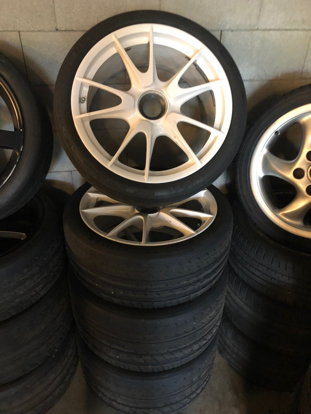 997 GT3 RS, Turbo S, GT2, … with Pilot Sport cup (possibilty other new tyres)