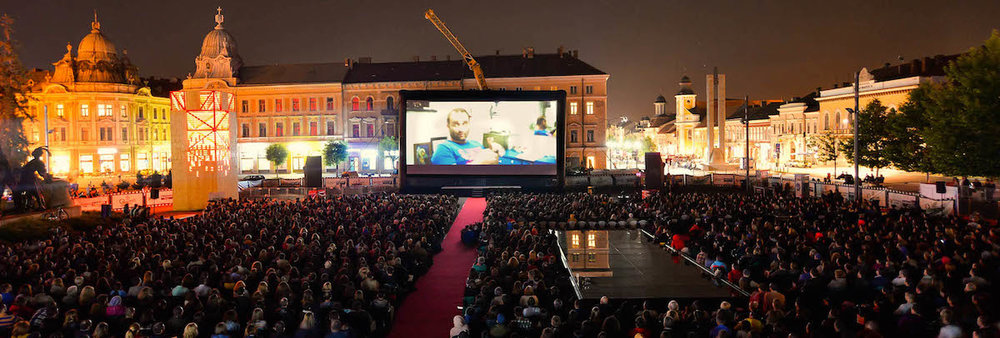 Transylvania International Fim Festival, outdoor projection in Unirii Square