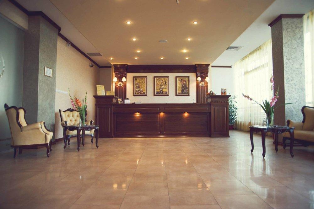 Impero Hotel, Oradea ( image source )