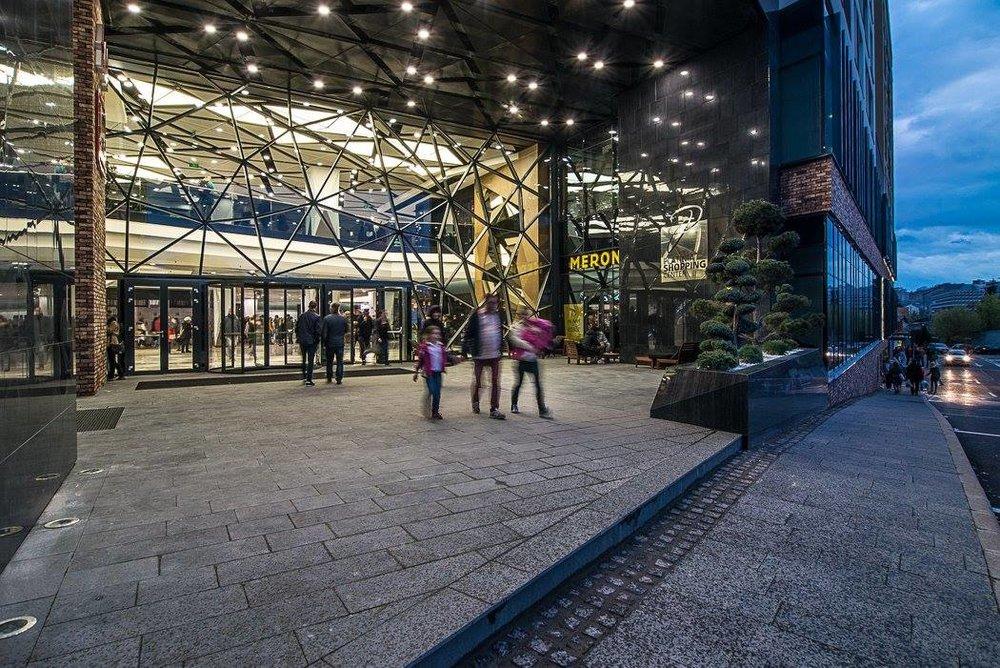 Platinia Shopping Center (image source)