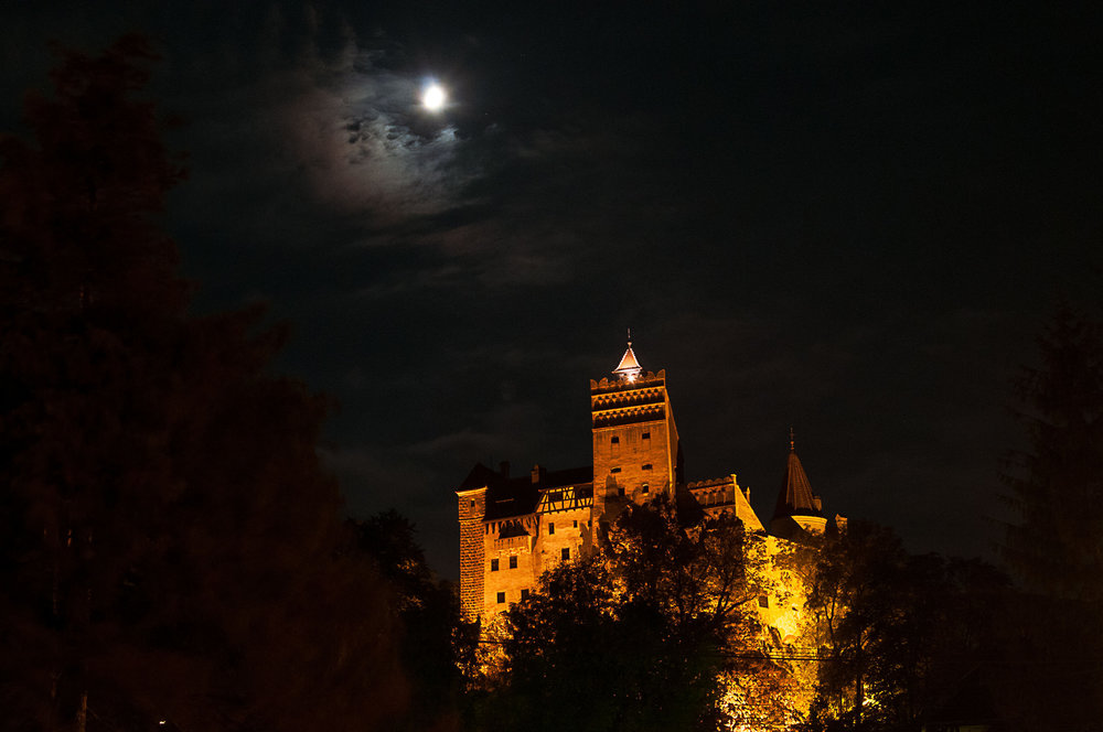 Bran Castle (copyright:  creative commons )