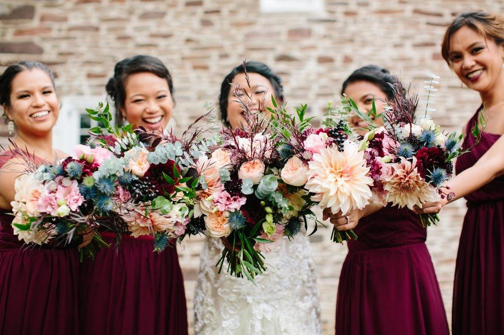16_WashingtonCrossinInnWedding_SonyaYruel_Bridesmaids_bouquets.jpg