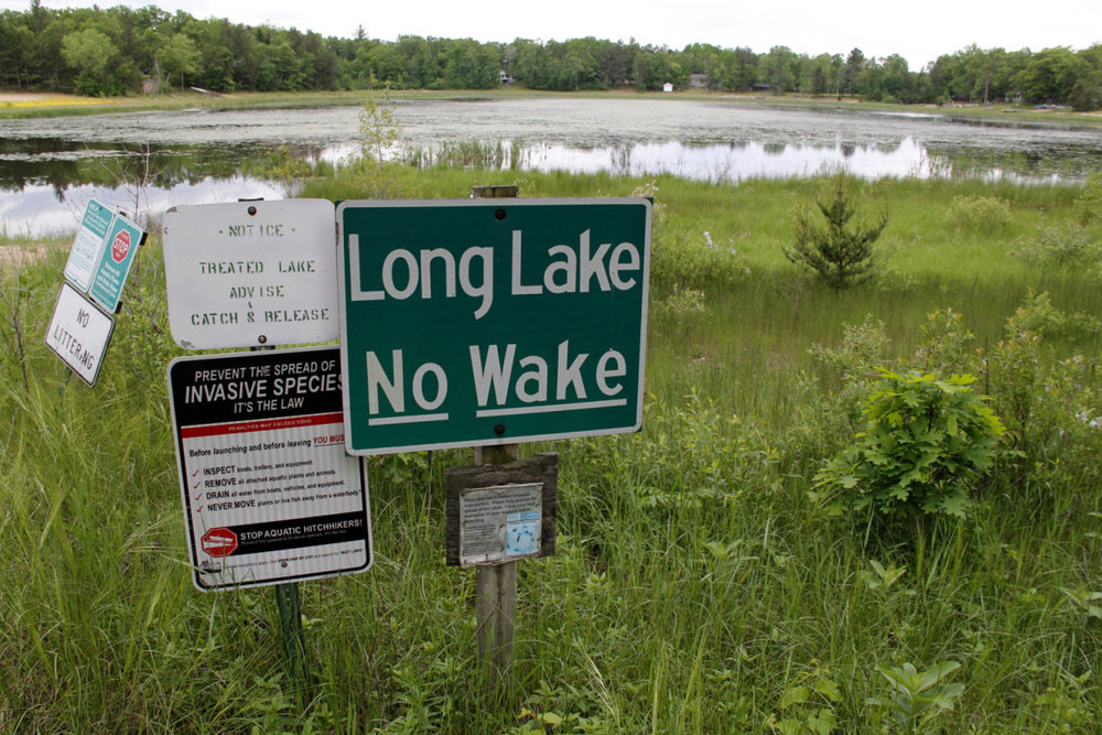 Long-Lake-no-wake-sign-1170x780.jpg