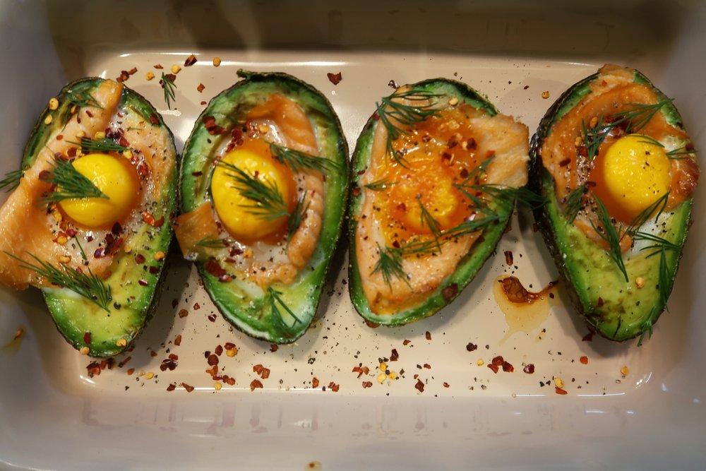 avocado salmon egg brunch recipe