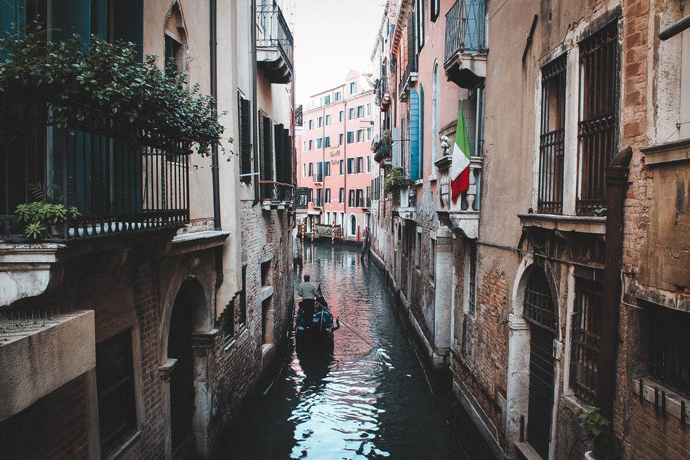 italy-venice-canal.jpg