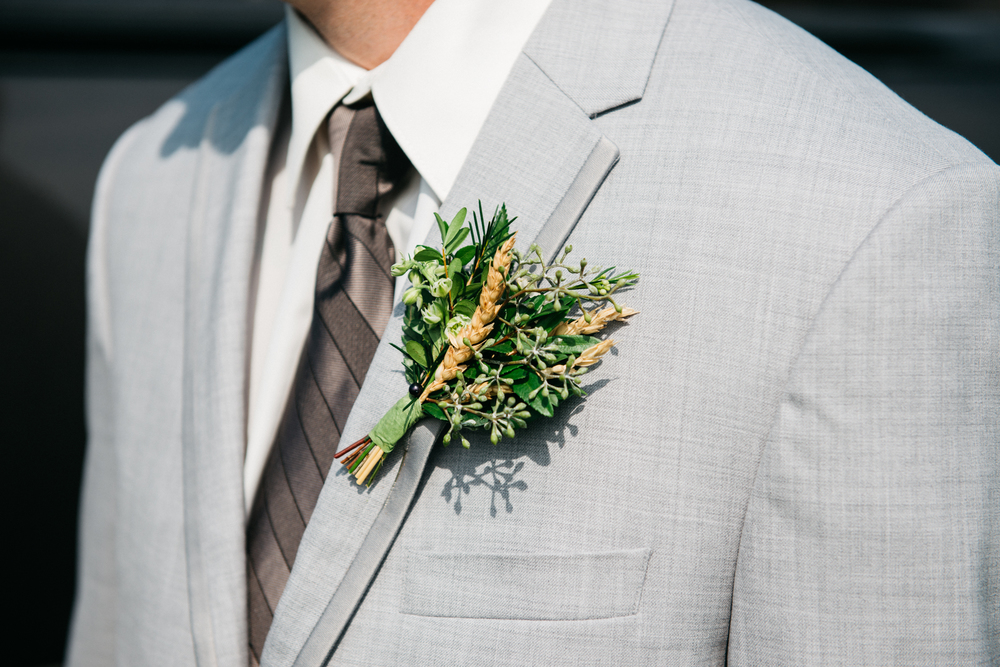 001_saskatoon_saskatchewan_small_town_wedding.jpg