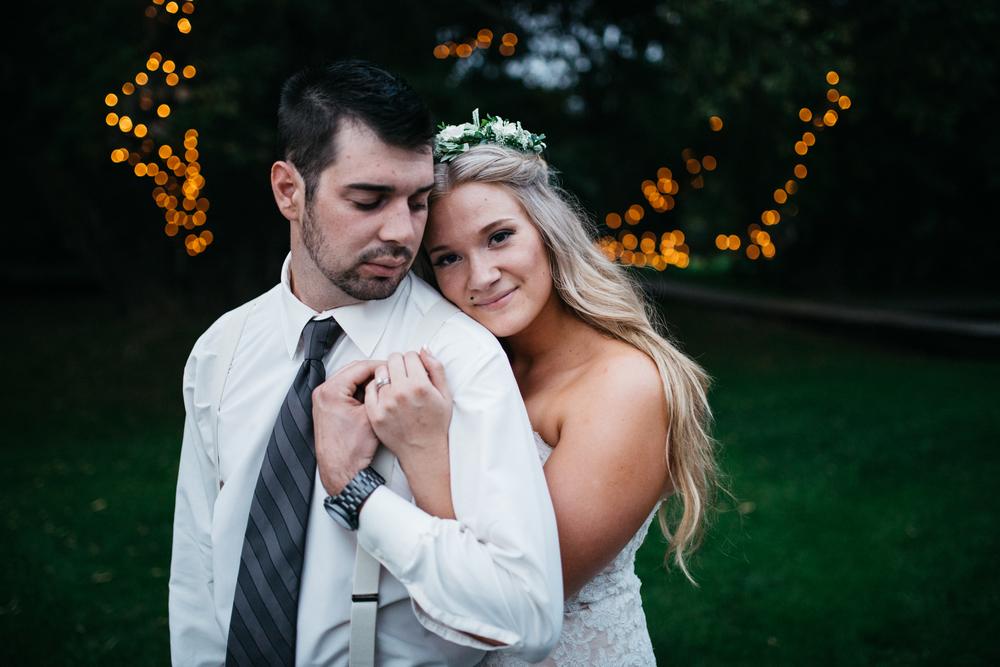 065_saskatoon_saskatchewan_small_town_wedding.jpg