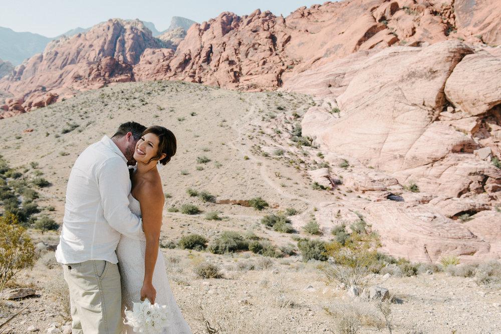 020_Redrock_canyon_vegas_wedding_photographer.jpg
