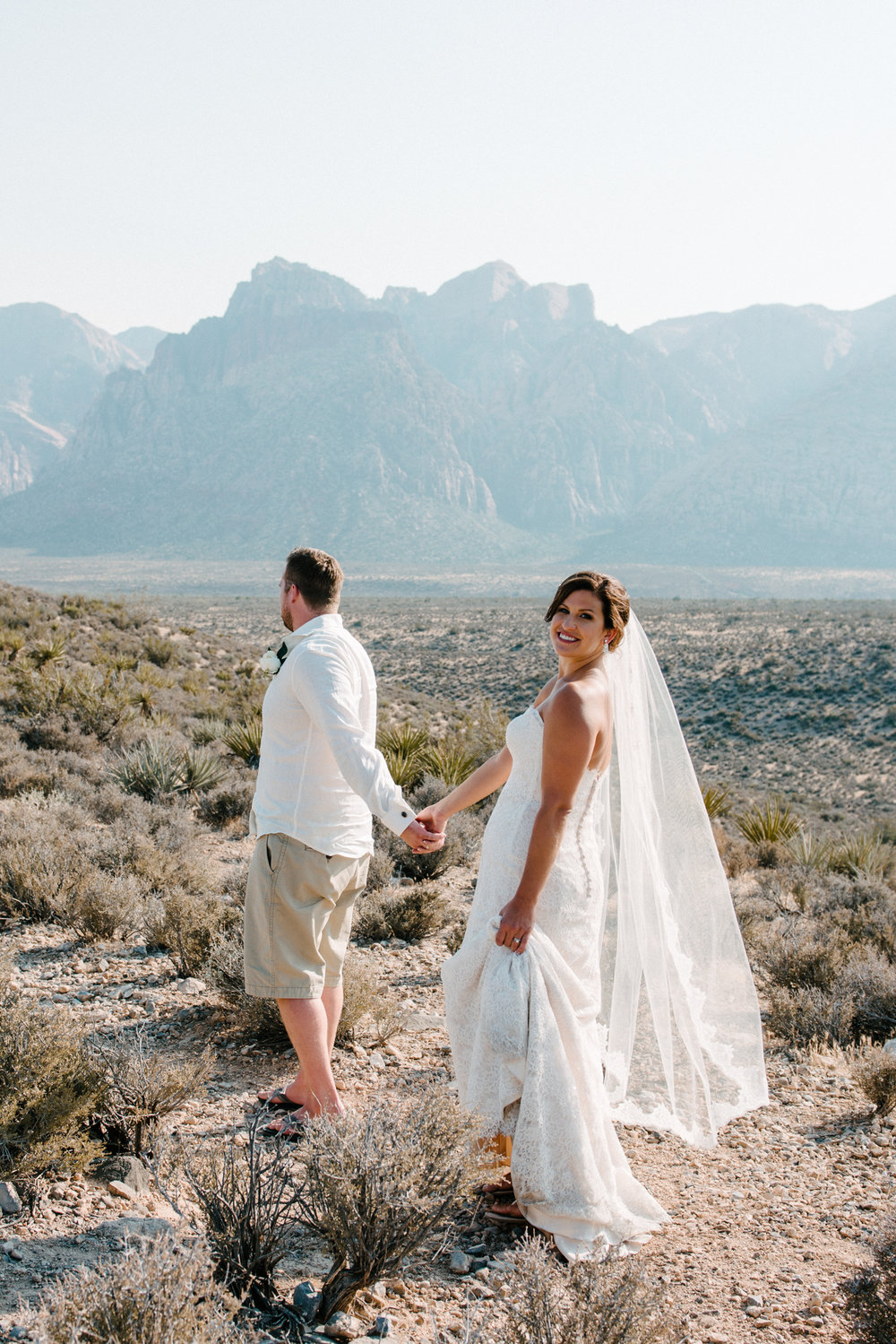 037_Redrock_canyon_vegas_wedding_photographer.jpg