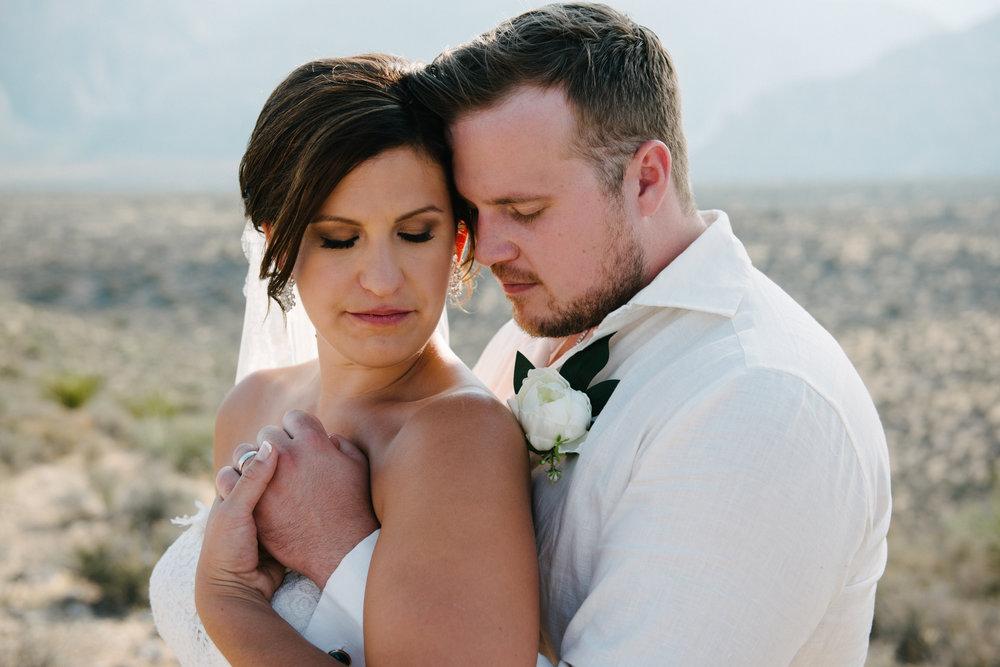 038_Redrock_canyon_vegas_wedding_photographer.jpg