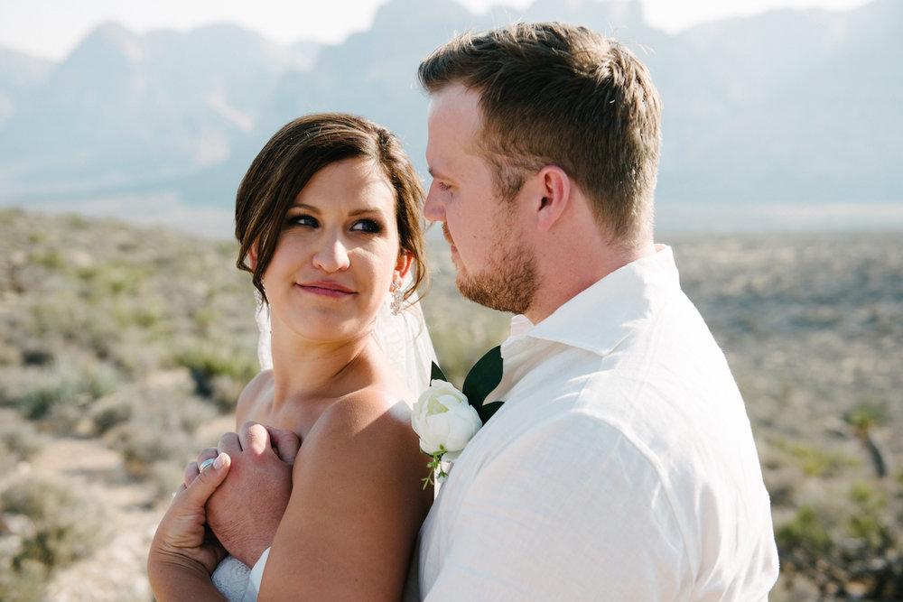 039_Redrock_canyon_vegas_wedding_photographer.jpg