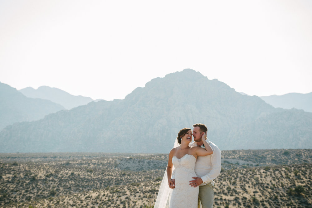 040_Redrock_canyon_vegas_wedding_photographer.jpg