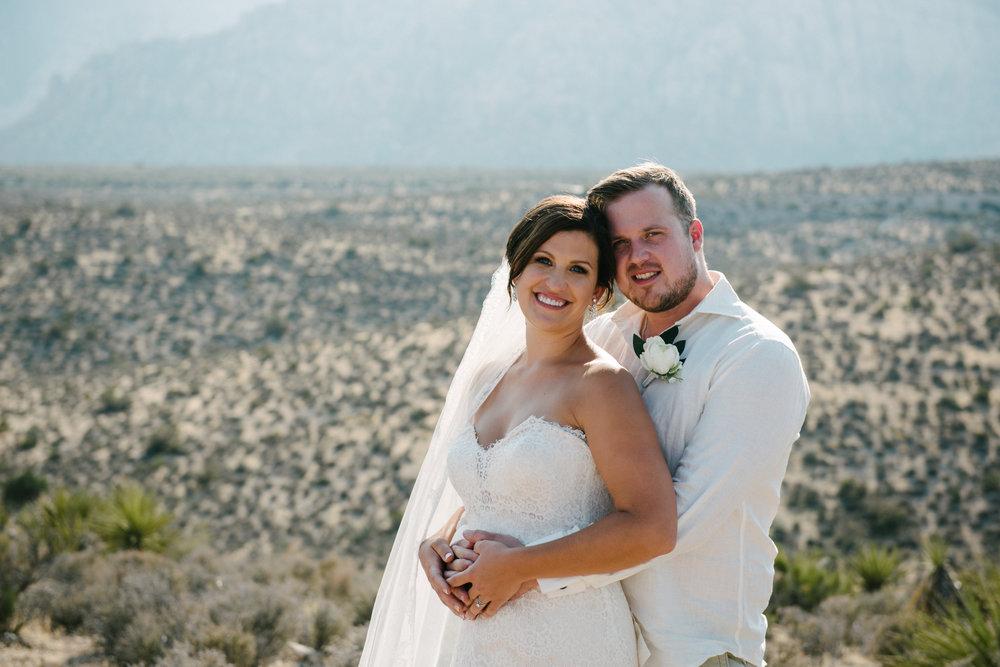 042_Redrock_canyon_vegas_wedding_photographer.jpg
