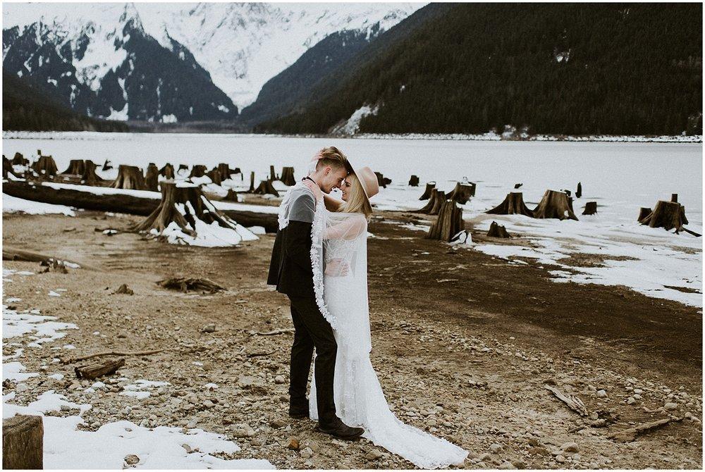 Jones_Lake_wedding_winter_elopement_vancouver_photographer_0266.jpg