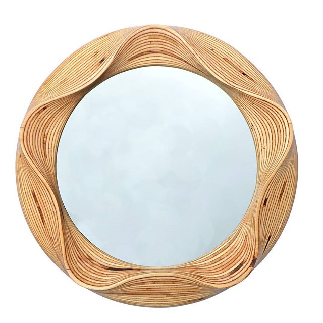 Also... #surreywoodsmiths presents a contemporary take on the classic round wooden mirror!  #picoftheday #photoofday #swag #Style #instacool #shopping #fresh #mirror #wood #instacool #like4like #topliketags #etsyshop #etsy #etsysellersofinstagram #etsyuk  #etsyukseller #instagood  #Mirror #mirrors #townandcountry #surreymatters #surreylifemagazine #interior4all #interiores #interiordesign #decorations #follow4follow #followforfollow