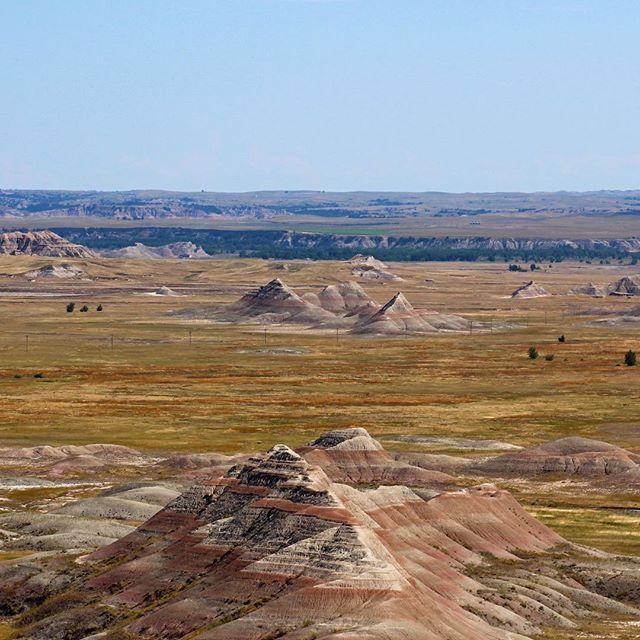 Badlands NP - Sublime, all around.. . . . . #badlands #nationalparks #badlandsnationalpark #southdakota #beauty #travel #america