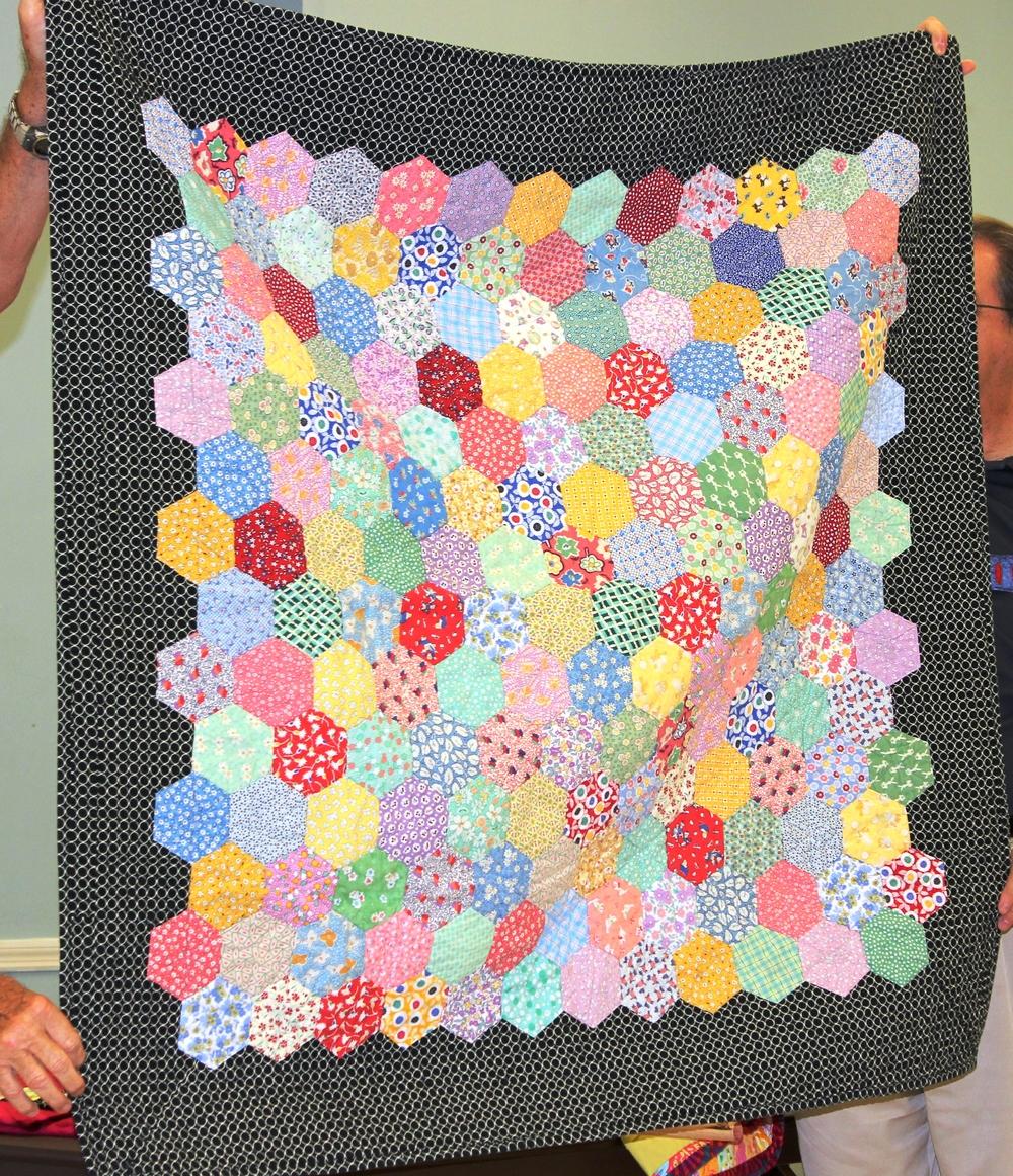Nicole's quilt 3.JPG