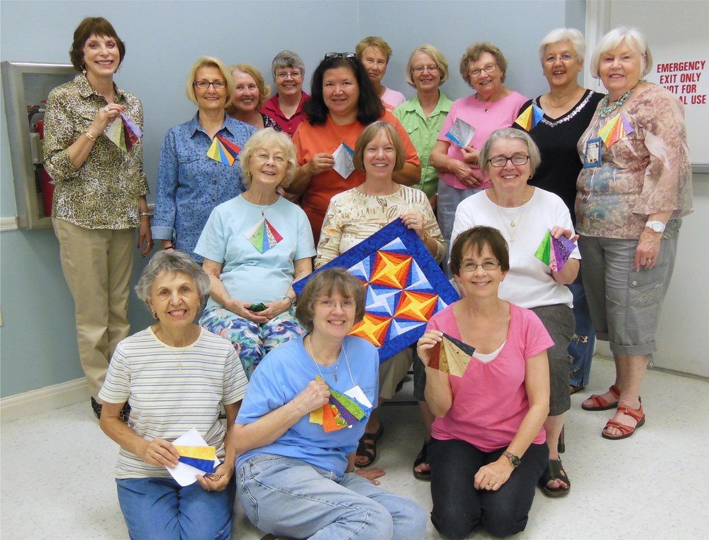 Paper Piecing Workshop Attendees.JPG