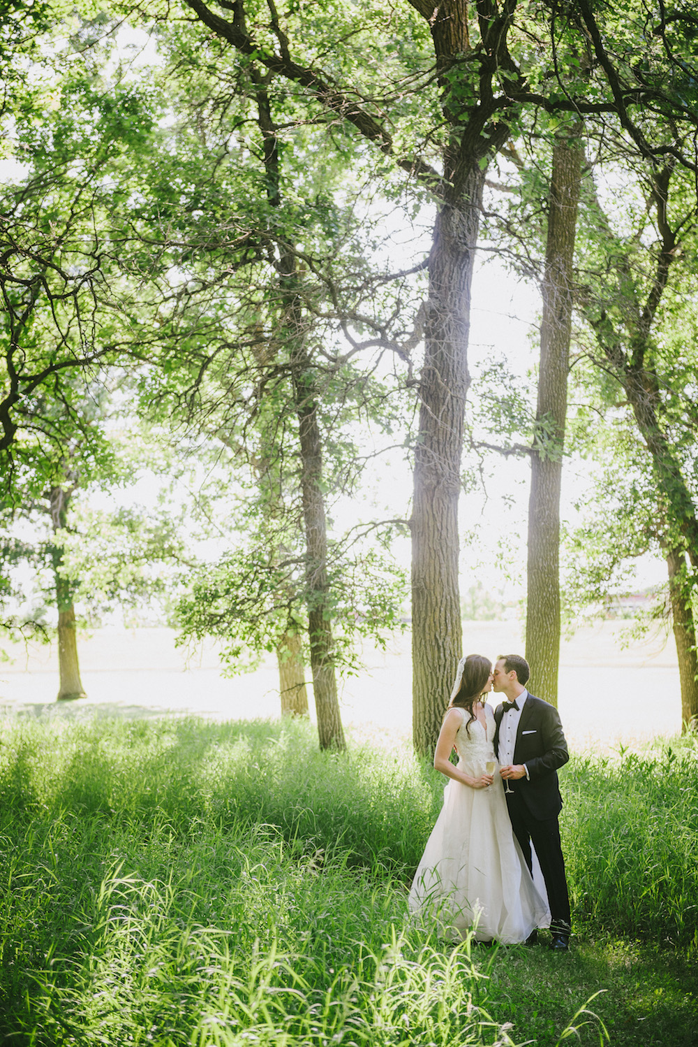 Outdoor Wedding Photos - Winnipeg Weddings