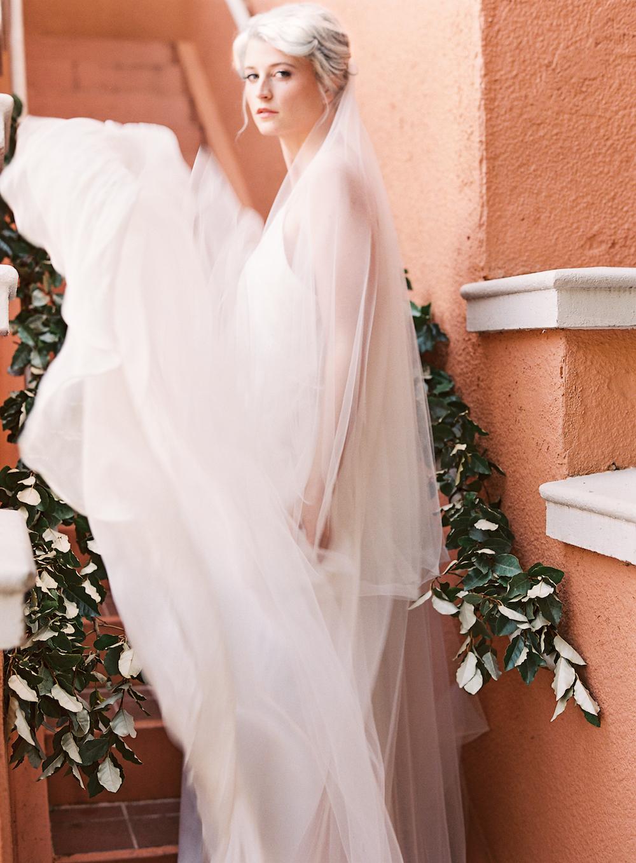 Flowy Wedding Dress - Wedding Ideas