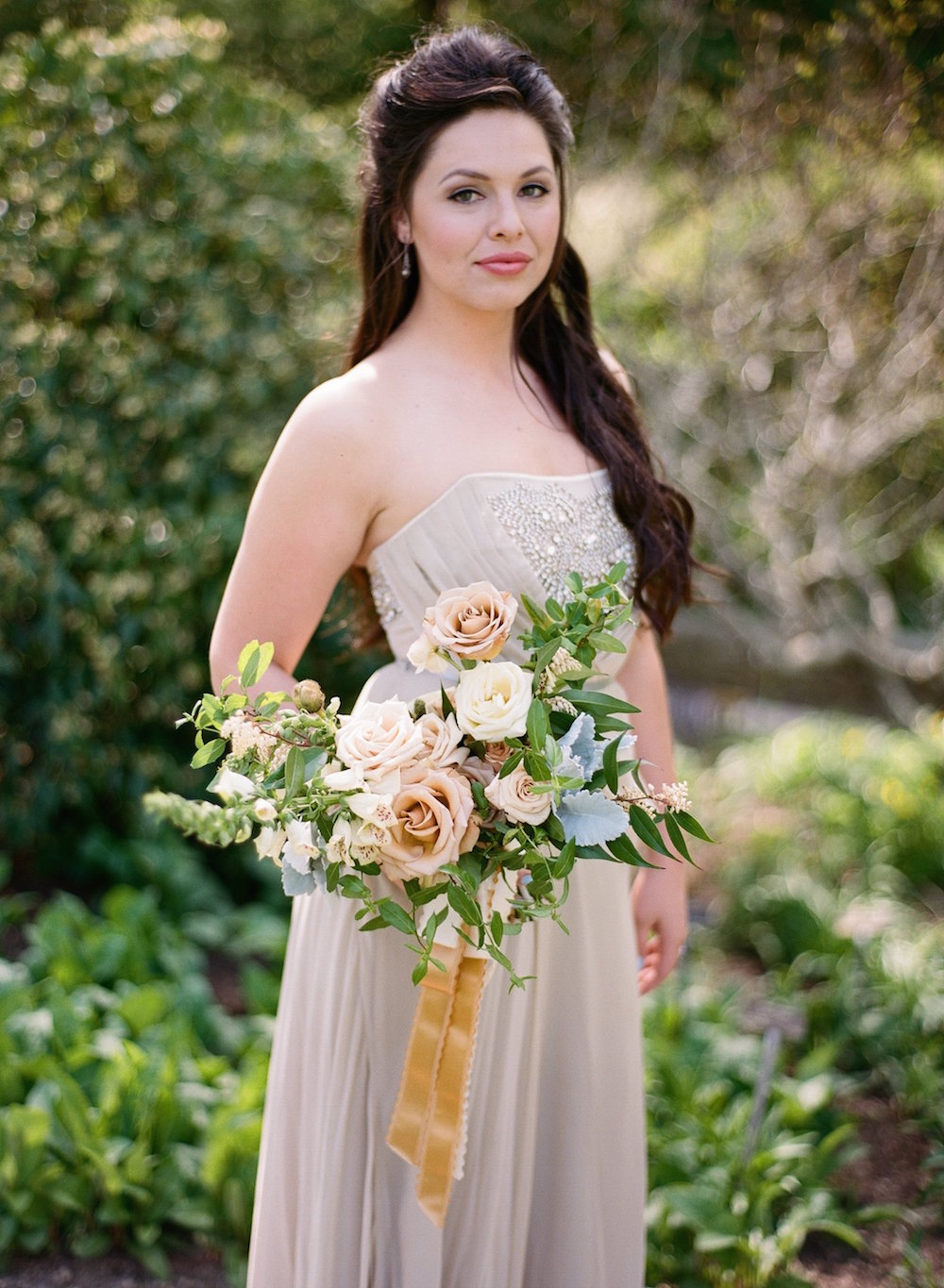 Neutral Bridal Bouquet - Stone House Creative