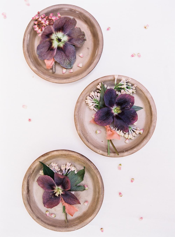 Wedding boutonniere Ideas - Winnipeg wedding florist
