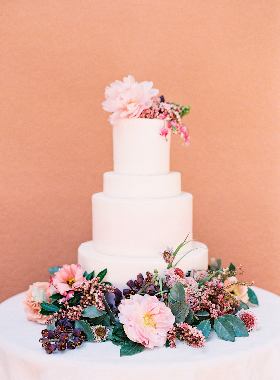 Wedding Cake with Flowers - Winnipeg Wedding Planner