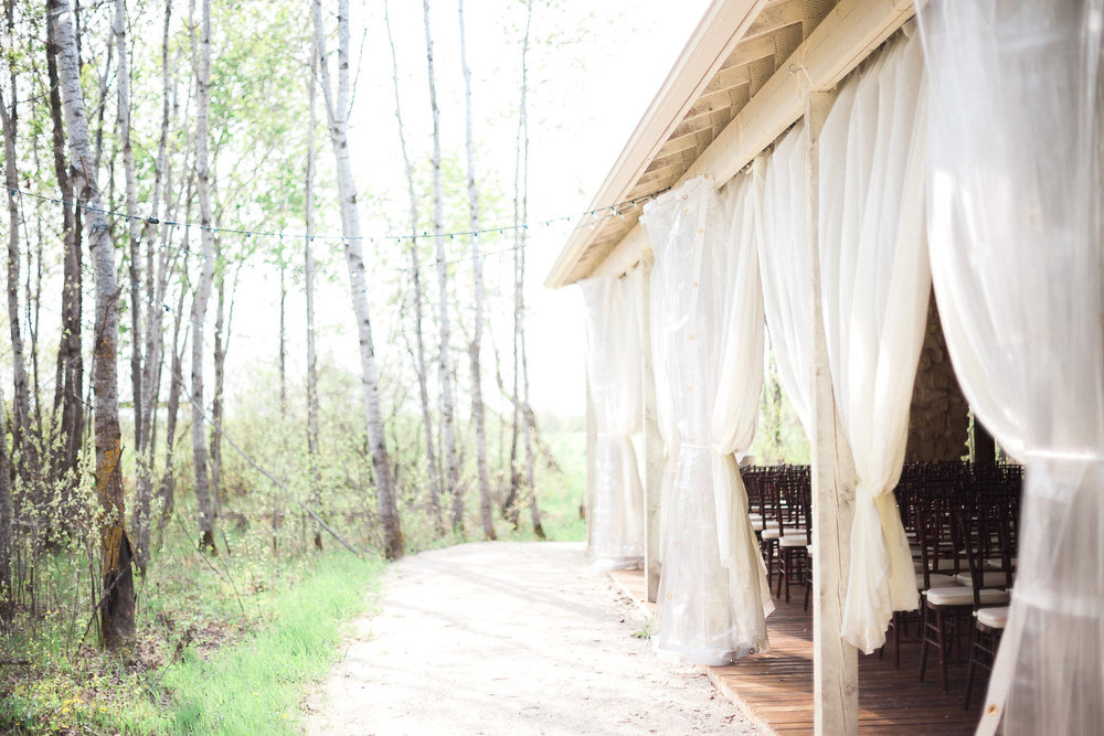 Cielo's Garden - Winnipeg Weddings
