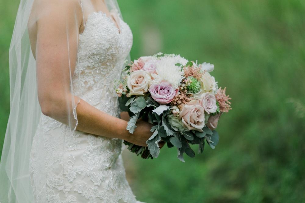 pink and white wedding flowers - wedding florist in winnipeg