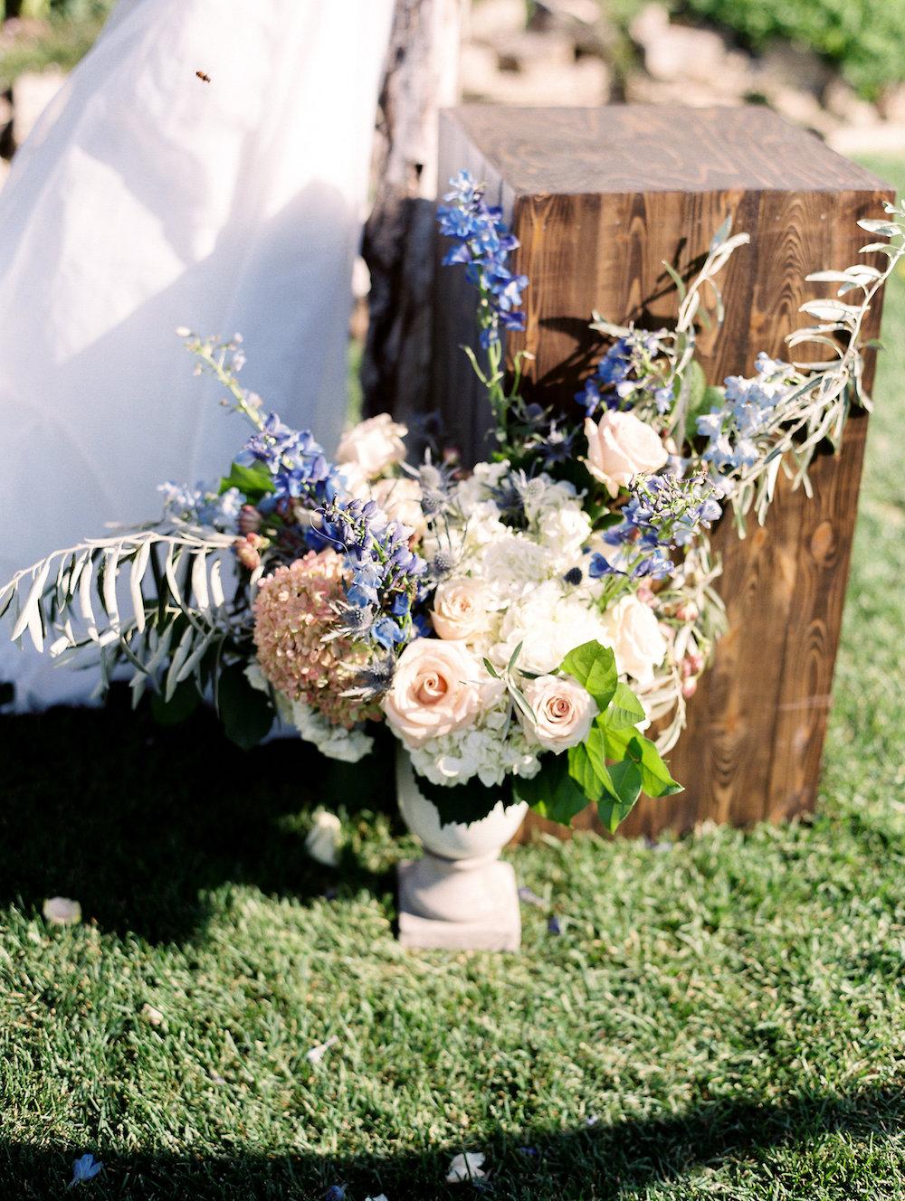 Outdoor Wedding Ceremony - Pineridge Hollow Wedding