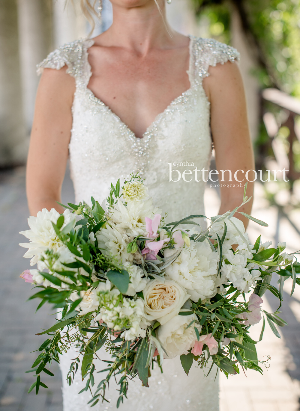 organic bridal bouquet - stone house creative