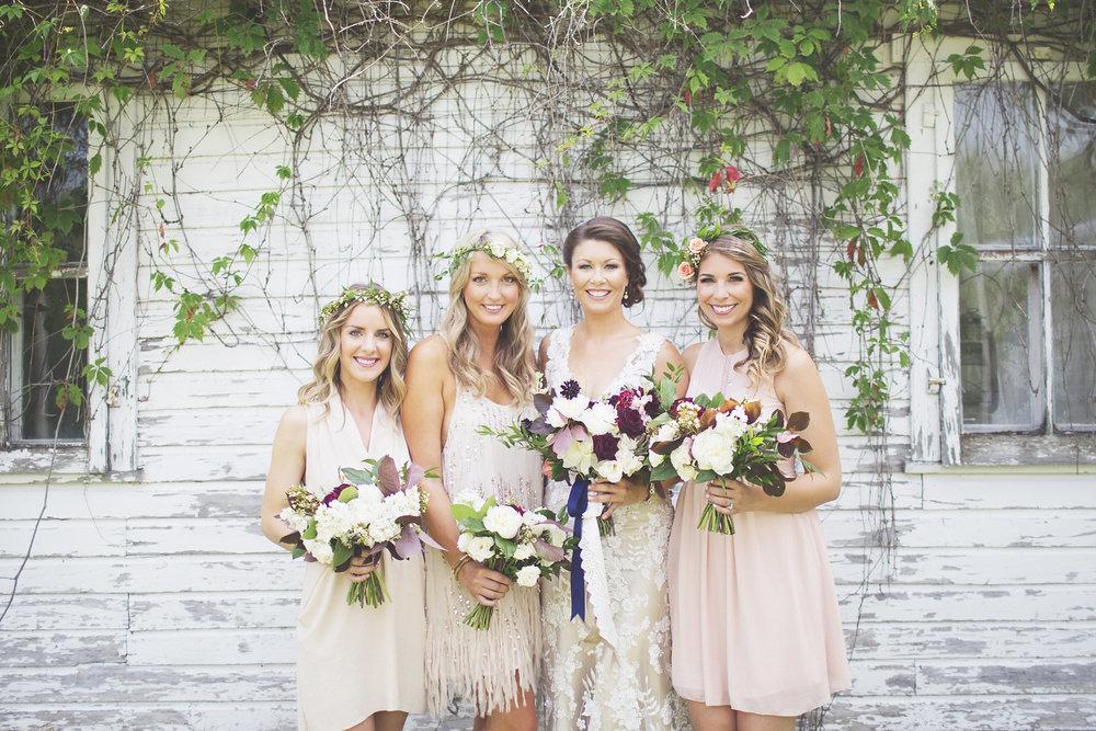 Winnipeg Wedding Photographers - Bridesmaid Ideas