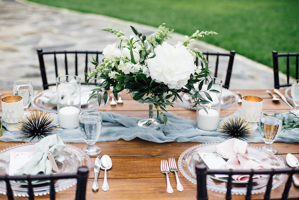 White Wedding Centrepiece - Wedding Flowers Winnipeg