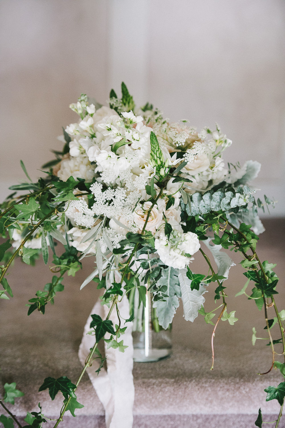 White Wedding Flowers - Winnipeg Florist