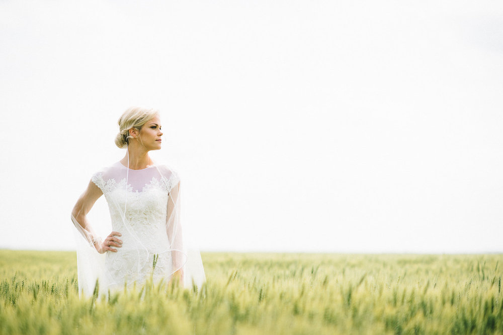Prairie Wedding Photos - Wedding Photographers in Winnipeg