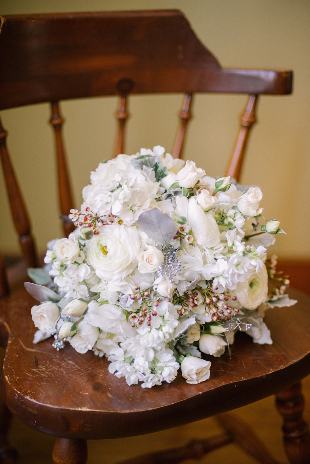 Winter Wedding Bouquet - Winter Weddings in Winnipeg
